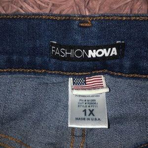 Fashion Nova Jeans - Dark ripped jeans